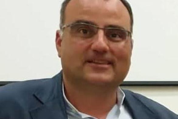 """Ηλίας Κωνσταντάτος: """"Απαραίτητες οι μειώσεις των δημοτικών τελών για τις επιχειρήσεις"""""""