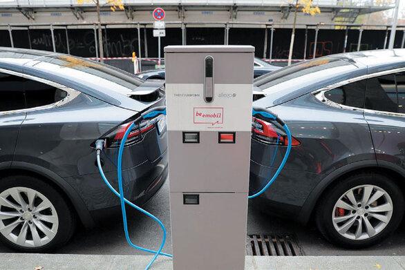 Ηλεκτροκίνητα: Μέχρι το 2024 θα κοστίζουν το ίδιο με τα συμβατικά