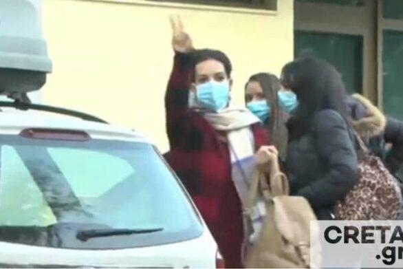 Κορωνοϊός - Επέστρεψαν στην Κρήτη οι νοσηλεύτριες - ηρωίδες: «Η κατάσταση είναι χειρότερη από όσο νομίζαμε»