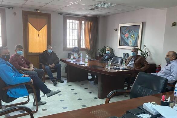Συνάντηση εργασίας του Δημάρχου Ναυπακτίας Βασίλη Γκίζα με την Αντιπεριφερειάρχη Αιτωλοακαρνανίας Μαρία Σαλμά