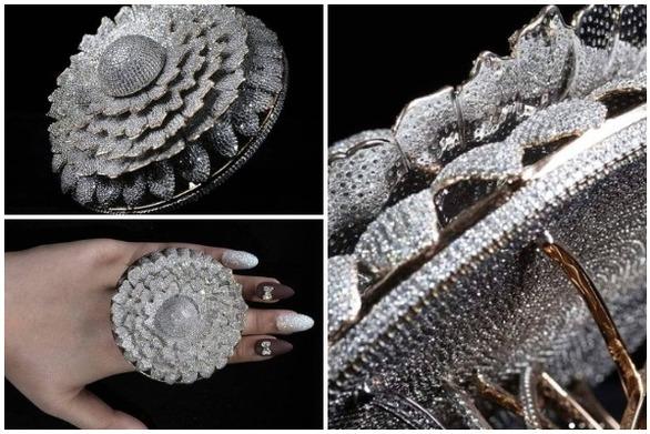 Ινδία: Ένα δακτυλίδι με 12.638 διαμάντια στο βιβλίο των ρεκόρ Γκίνες (video)
