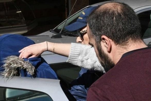 Αίγιο: Ξεκινάει η δίκη της νεαρής γυναίκας που είχε εγκαταλείψει το βρέφος της στην Πλαζ