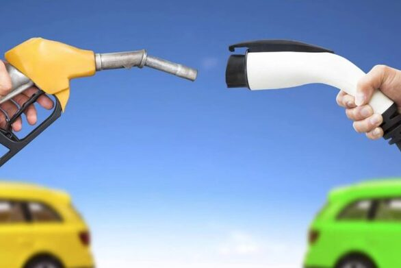 225 δήμοι αιτήθηκαν για δημιουργία σημείων φόρτισης ηλεκτρονικού οχήματος