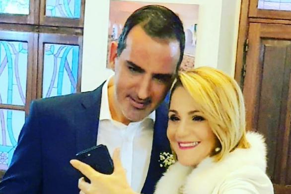 Μίκα Ιατρίδη - Γάμος μέσω... viber για τη βουλευτή Δωδεκανήσων