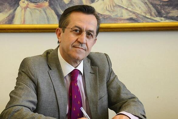 Ο Ν. Νικολόπουλος λέει αντίο στον Κ. Μεντζελόπουλο