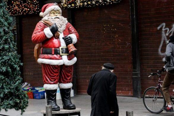"""Πάτρα: """"Βουβή"""" παραμονή Χριστουγέννων χωρίς κάλαντα και μελωδίες"""