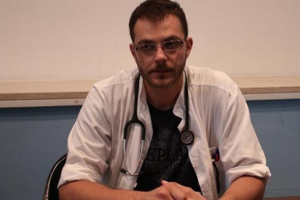 """Δημήτρης Ζιαζιάς: """"Μήπως πρέπει να ανατραπεί η κυβερνητική πολιτική για την πανδημία;"""""""