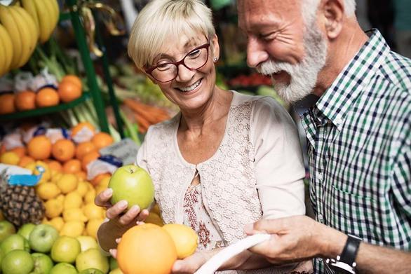 Τα φρούτα που κρατούν γερό το μυαλό και προστατεύουν από τη γήρανση