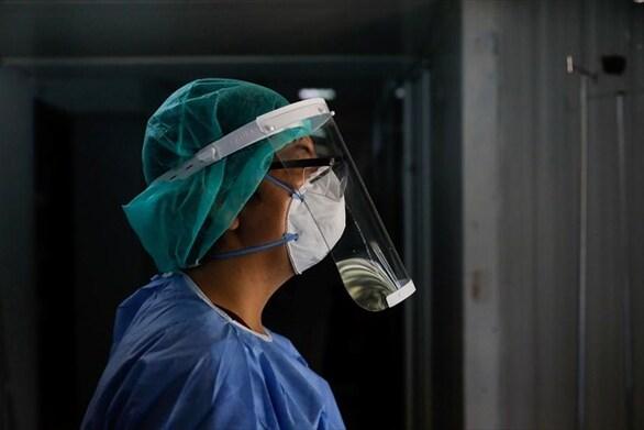 Αττική: Τριπλάσιο ιικό φορτίο, ανησυχία για τα κρούσματα κορωνοϊού