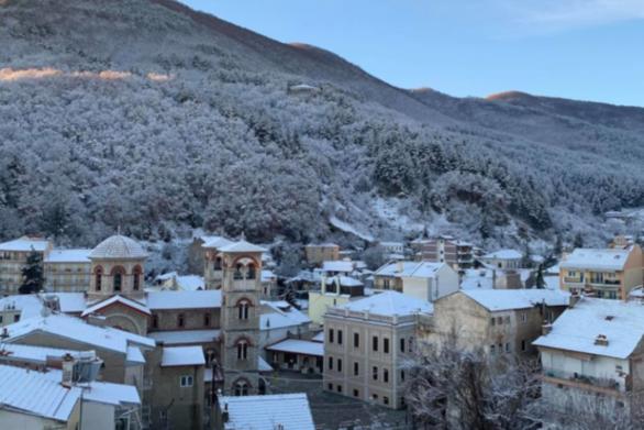 Έκτακτο δελτίο καιρού για την κακοκαιρία Λέανδρος: Χιόνια, θυελλώδεις άνεμοι και παγετός