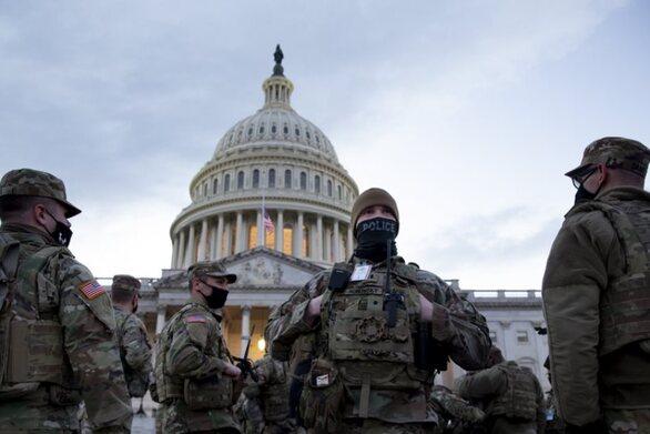 ΗΠΑ - Ορκωμοσία Μπάιντεν: «Φρούριο» η Ουάσινγκτον με 25.000 Εθνοφρουρούς «έτοιμους για όλα»