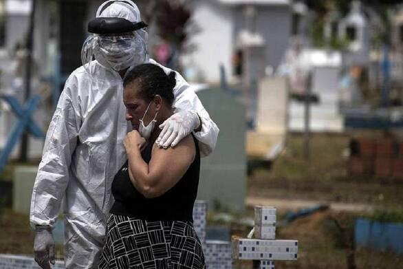 Υποχωρεί η πανδημία του κορωνοϊού ανά τον κόσμο την τελευταία εβδομάδα