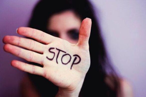 Τσιάρας: Επαναφέρουμε ρύθμιση για τη μη παραγραφή στα αδικήματα σεξουαλικής κακοποίησης