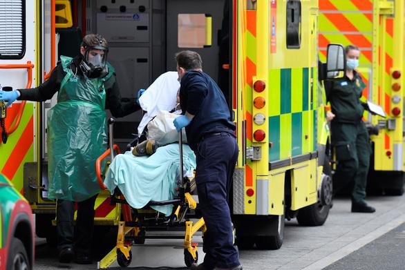 Βρετανία - Κορωνοϊός: Καταγράφηκαν 86 κρούσματα των μεταλλαγμένων στελεχών