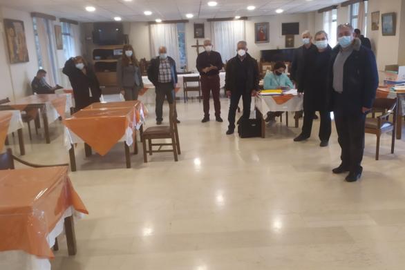 Πάτρα: Εμβολιάστηκαν τρόφιμοι και εργαζόμενοι στον Κωνσταντοπούλειο
