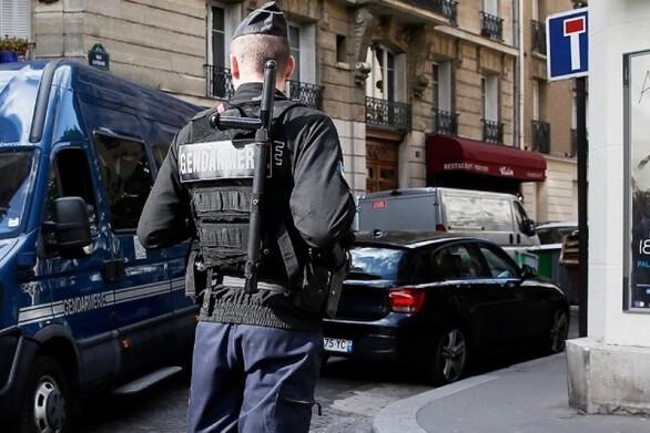 Γαλλία: Η αστυνομία διέλυσε όργιο με 100 άτομα