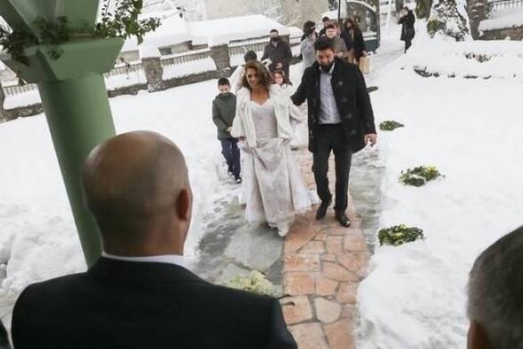 Φθιώτιδα: Γάμος... με μισό μέτρο χιόνι
