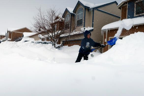 Στο έλεος φονικού χιονιά οι ΗΠΑ