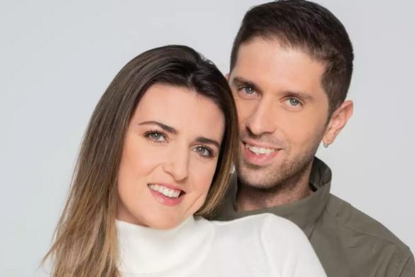 Της έκανε πρόταση γάμου στο Voice και τώρα μπαίνουν στο Battle of the Couples (video)