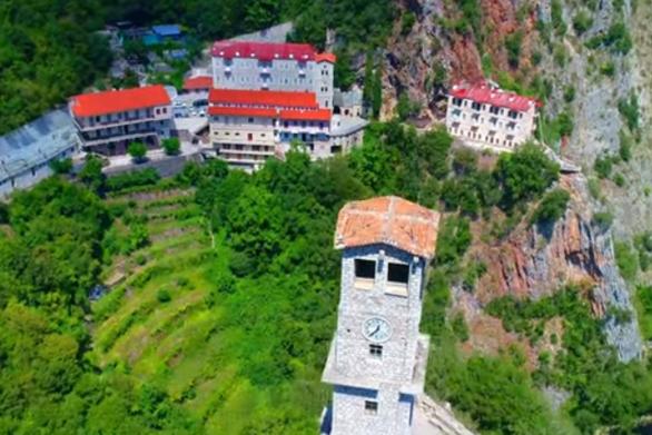 Η επιβλητική Ιερά Μονή Παναγίας Προυσιώτισσας από ψηλά (video)