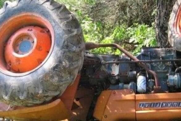 Δυτική Ελλάδα: Ατύχημα με 60χρονο αγρότη - Καταπλακώθηκε από το τρακτέρ