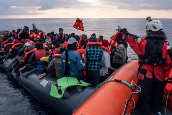 Περίπου 150 μετανάστες διασώθηκαν τις τελευταίες δύο μέρες στην κεντρική Μεσόγειο από τη Sea Watch