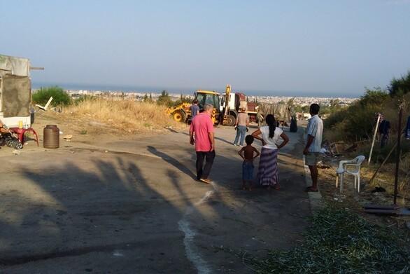 """Κορωνοϊός: Απαγόρευση εξόδου από τον καταυλισμό στο Ριγανόκαμπο μετά την """"έκρηξη"""" κρουσμάτων"""