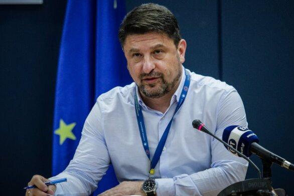 Ο Νίκος Χαρδαλιάς ανακοινώνει το απόγευμα τα νέα μέτρα του lockdown