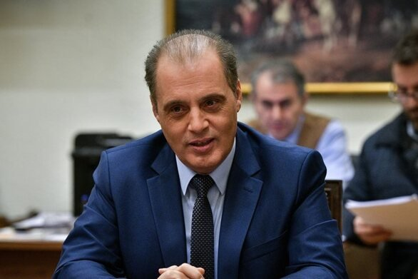Βελόπουλος: Είναι παράλογο να έχει πορείες καθημερινές αλλά να είναι κλειστές οι εκκλησίες