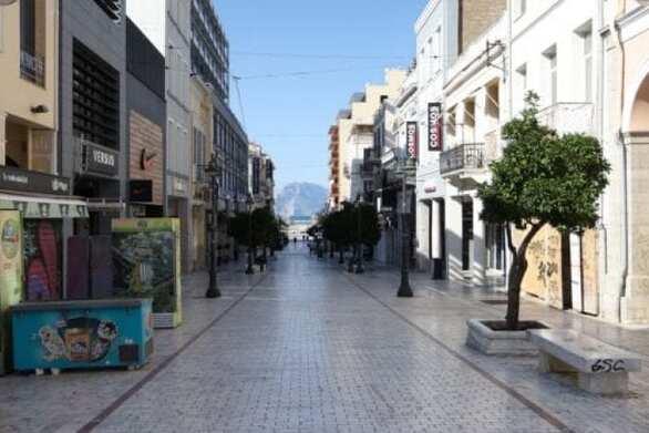 Lockout: Το 10% των εμπορικών μαγαζιών της Πάτρας δεν πρόκειται να ανεβάσει ρολά
