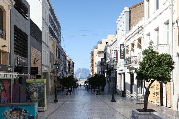 """Αχαΐα: """"Μπλόκο"""" στο άνοιγμα των καταστημάτων λιανεμπορίου τη Δευτέρα - Δεκτή η εισήγηση για απαγόρευση διαδημοτικών μετακινήσεων"""
