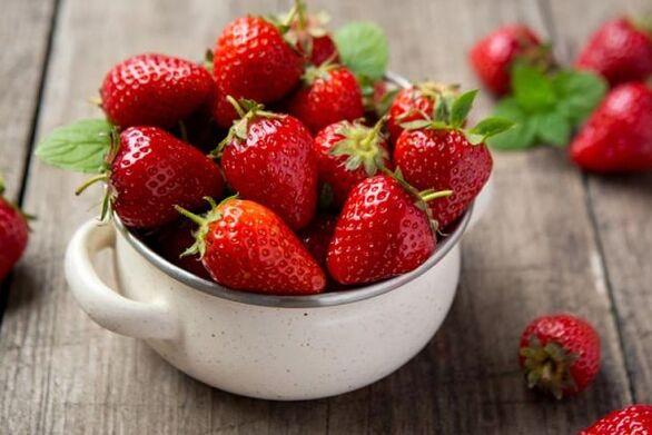 Φράουλα - Θρεπτική και ιδανική για τη δίαιτα