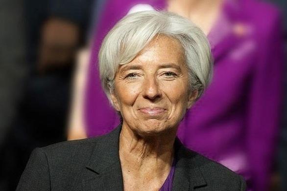 """Λαγκάρντ: """"Υποχωρούν οι κίνδυνοι για την ανάπτυξη της Ευρωζώνης"""""""