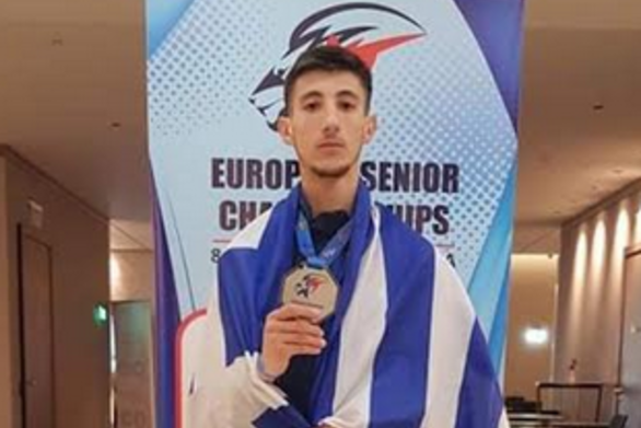 Ασημένιος πρωταθλητής Ευρώπης ο Διονύσης Ραψομανίκης στη Σόφια