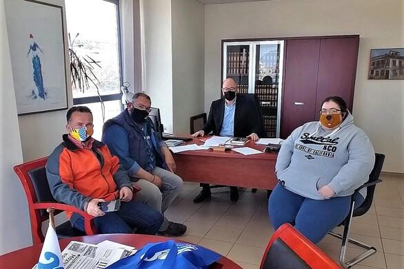 Μεεκπροσώπους της κυνοφιλίας συναντήθηκε ο πρόεδρος του Περιφερειακού Συμβουλίου Τάκης Παπαδόπουλος
