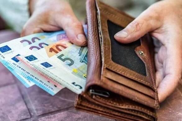 """Προκαταβολή σύνταξης: Οι οφειλές στα Ταμεία """"μπλοκάρουν"""" την υποβολή αιτήσεων"""