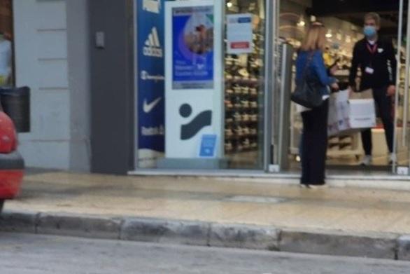 Πάτρα: Κινητικότητα στην αγορά και αισιοδοξία για το άνοιγμα των μαγαζιών