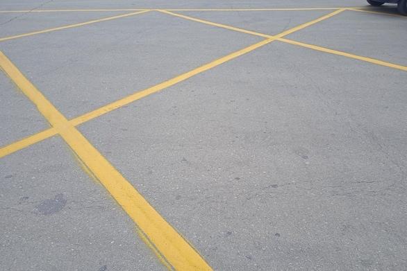 Πάτρα: Σήμανση για απαγόρευση στάσης και στάθμευσης στο Μόλο της Αγίου Νικολάου