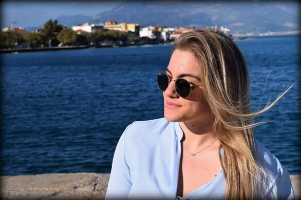 """Αθηνά Ανδρουτσέλη - Η Πατρινή πολίστρια που μπήκε στα """"χνάρια"""" του αθλητικού ρεπορτάζ (pics)"""