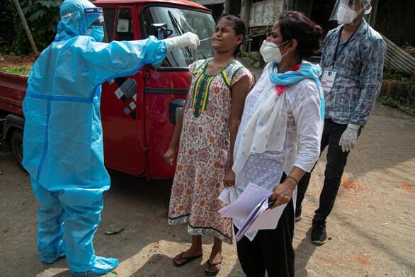 Ινδία: Για πρώτη φορά πάνω από 200.000 κρούσματα Covid-19