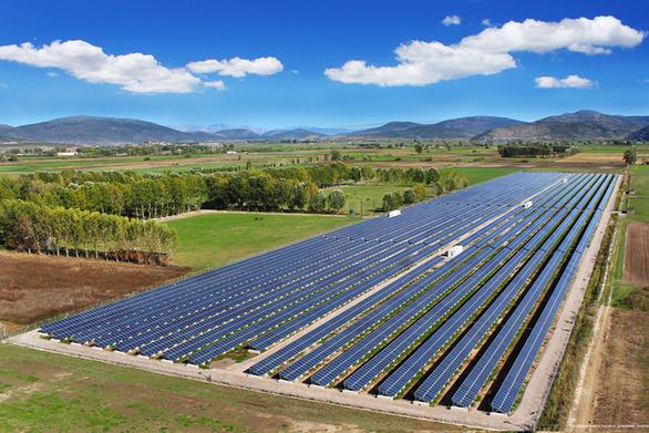 Έντονο το ενδιαφέρον για αιολικά και φωτοβολταϊκά πάρκα
