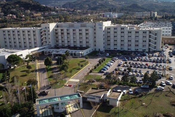 Πάτρα - Kορωνοϊός: Τριψήφιος ο αριθμός των νοσηλειών στα 2 μεγάλα νοσοκομεία