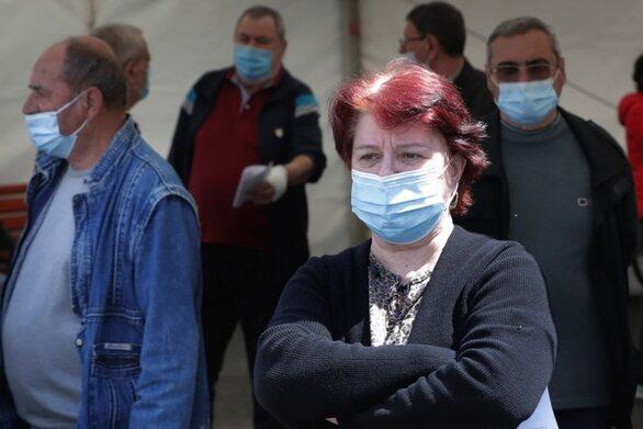 Τζανάκης - Κορωνοϊός: Στα 2.000-2.200 τα κρούσματα μετά την Κυριακή του Θωμά