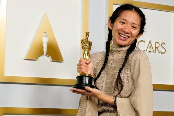 Κλόε Ζάο - Αυτή είναι η Κινέζα σκηνοθέτιδα που έγραψε ιστορία στα Όσκαρ 2021