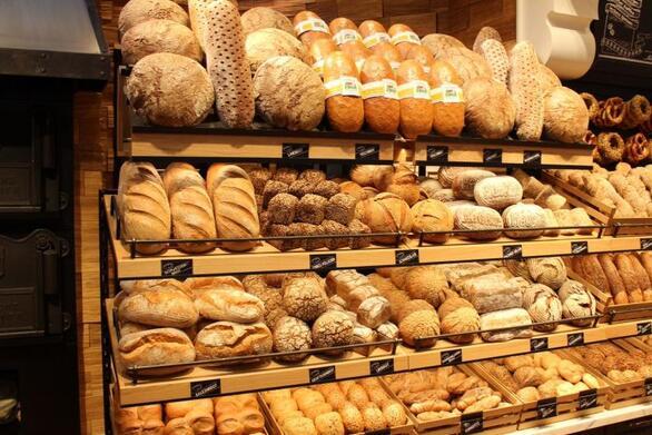 Πάτρα: Ανεβαίνει η δουλειά και η κίνηση στα αρτοποιεία λόγω των ημερών του Πάσχα