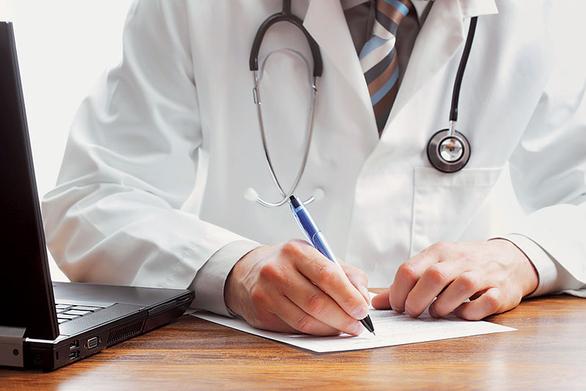 Η ΟΕΝΓΕ για τις μετακινήσεις γιατρών από τα νοσοκομεία της Πάτρας στον Πύργο