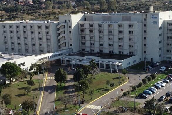 Πάτρα: Πάνω από 100 ασθενείς νοσηλεύονται με κορωνοϊό στα 2 νοσοκομεία