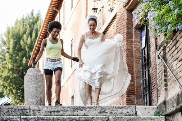 «Τρία Υπέροχα Κορίτσια»: Πρεμιέρα στα θερινά σινεμά με μια δροσερή ιταλική κωμωδία