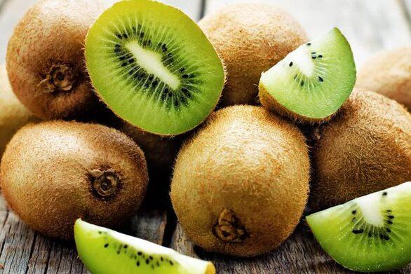 Το πράσινο φρούτο που ρίχνει την πίεση περισσότερο από το μήλο