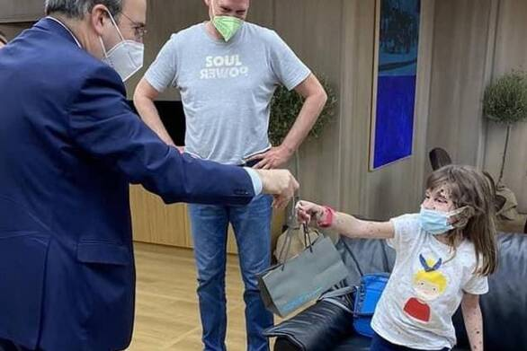 Πάτρα: Πηγαίνει στις ΗΠΑ για θεραπεία η μικρή Σοφία